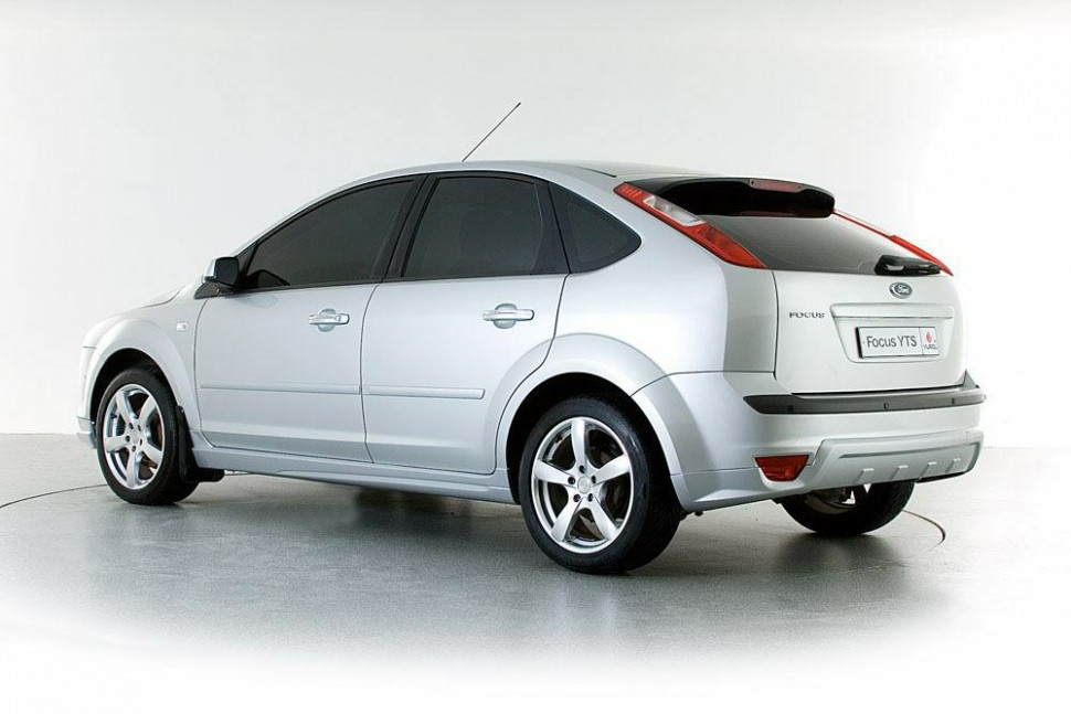 Ford focus 2 пластик